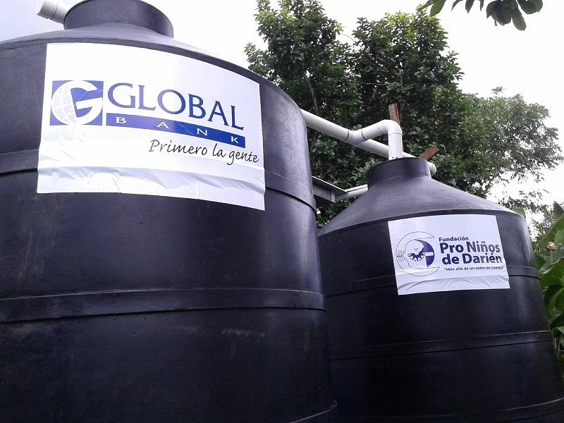 Global Bank comprometido con la niñez de la comunidad de Santa Librada.