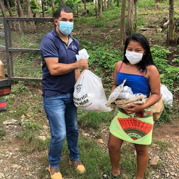 PALMIRA recibe donaciones de alimentos.